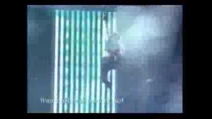 Fergie - Live And Let Die