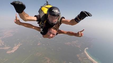 Скокове с парашут на морето 2016!