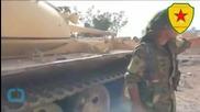 Islamic State Pushes Back Rival Syria Insurgents Near Turkey