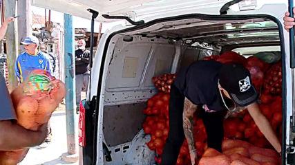 Argentina: Boca Juniors star subs soccer for selling veggies during COVID-19 lockdown