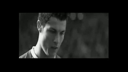 Cristiano Ronaldo - Freestyle Battle 2008