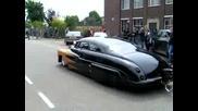 Много добрър ретро автомобил
