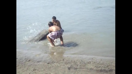 Nekvi Ludi Na Plaja :d:d