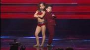 Деца разбиват журито и публиката с танца си
