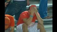 Фен полудява по време на мач