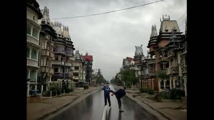 Къщи на Румънски цигани забогатели от кражби по Европа ~ кой по по най човци - Buzescu 2010