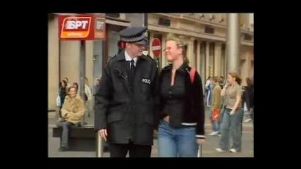 Скрита Камера-романтичен Полицай