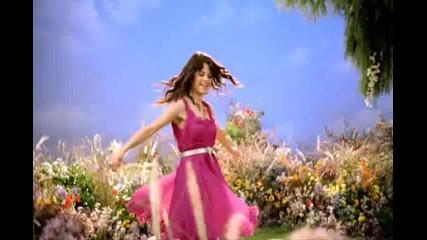 Selena Gomezz