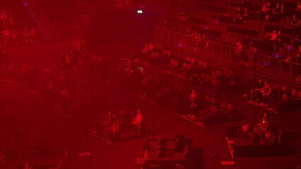 Cologne arena resumes concert season with 'corona-safe' plexiglass cubes