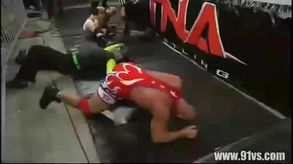 Jeff Hardy Vs Mr.anderson Vs Kurt Angle - Jeff Hardy Heel Turn part 2