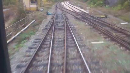 Rбв2610 преминава през гара Бов