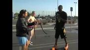 Kobe Bryant прескача басейн пълен с змии !