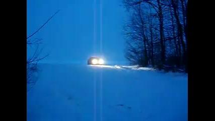 B M W 330 дрифт на сняг
