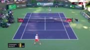 Бердих с двусетова, но неубедителна победа