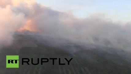 Украйна: Яценюк наблюдава приближаването на горския пожар към Чернобил