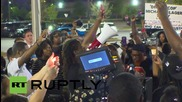 USA: Candlelight vigil held in memory of slain Walter Scott