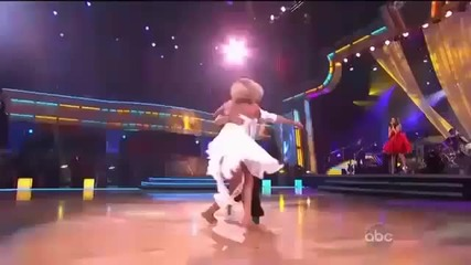 Селена Гомез пее Who Says , а Челси и Марк танцуват !!