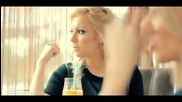 Прекрасно сръбско! Ivana Selakov feat. Aca Lukas - Daleko si ( Високо Качество )