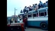 На това му се вика препълнен автобус - Индия