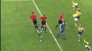 Сблъсък между капитан на футболен отбор и мажоретки