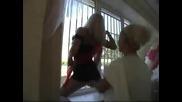 Стриптиз!!!!!!!великолепный стриптиз девушки на свадьбе