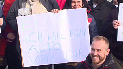 Germany: Protest against Tesla factory met by counter-demo near Berlin