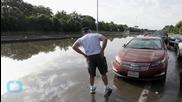 Storms Kill 15 in Texas, Oklahoma; Houston Flooded