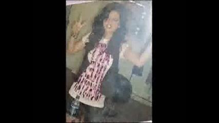 Снимки На Сладураната Selena Gomez :)