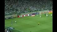 Фeнoменaлен Роналдиньо заби хеттрик при разгром на Атлетико Минейро!!! *07.10.2012г.*