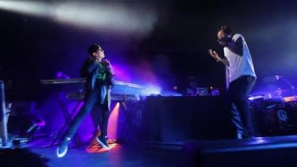 хлапе танцува със Wiz Khalifa