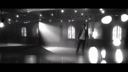 Вече и с видео!! Justin Bieber - Fa La La ft. Boyz 2 Men