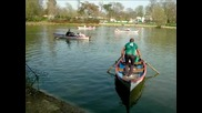 Detente Au Lac De Daumesnil