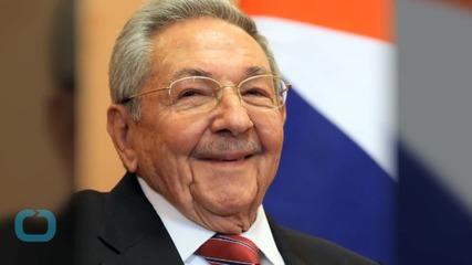 Raul Castro Meets Pope Ahead of U.S.-Cuba Trip