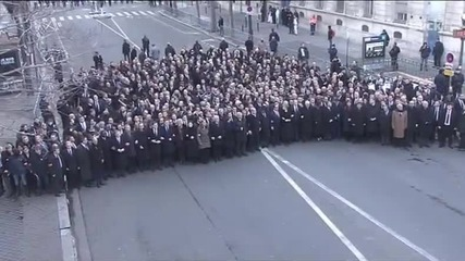 Бутафорен марш на европолитиците