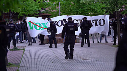 Spain: Far-right Vox party rally met by Antifa counter-protest in Madrid