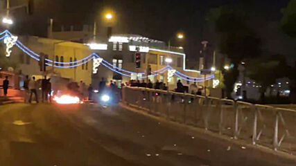 East Jerusalem: Water cannon used, several detained at protest near Damascus Gate