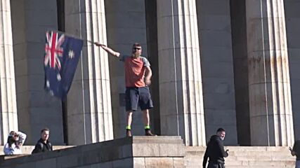 Australia: Police break up anti-lockdown demo as protests enter 3rd day in Melbourne