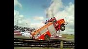 Вдигане на 2 гуми Пожарна ( Hd )
