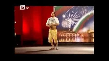 Йордан Илиев от Пловдив вдигна публиката на крака - Бг Търси Талант 23.03.2010 Vbox7