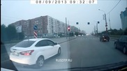 В Русия не е много желателно да се правите на отворени докато шофирате!