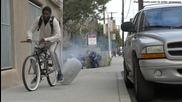 Забавна и жестока шега с крадци на велосипеди