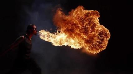 Интересно триизмерно заснемане на пламъци !