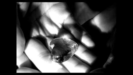 Ugur - E ft. Karakuvvet and Miss Bella - Sar Beni Превод