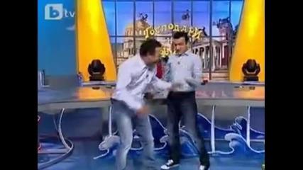 Димитър Рачков пада в Ефир-смях