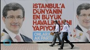 Stalling Economy Hurts Turkey's AK Party Ahead of Election