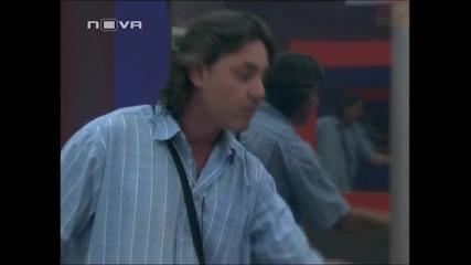 Боян и Стоян се нахвърлят върху Цветелин заради провалена мисия - Big Brother Family 02.04.2010