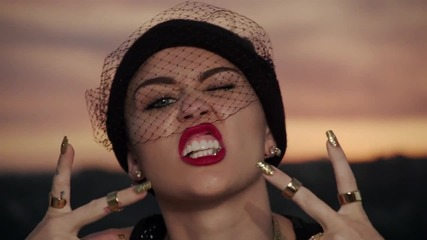 * Текст * Н О В О ! - Miley Cyrus - We Can't Stop / Official Video