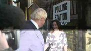 UK: Boris Johnson casts Brexit vote in London