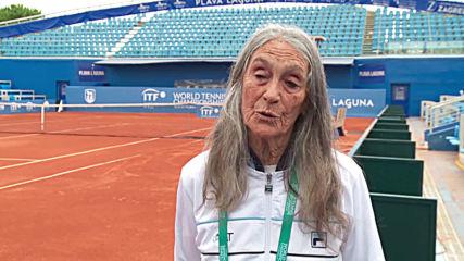 Argentine grandma achieves her tennis tournament dream at 85 years old