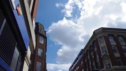 Истина или монтаж ? Н Л О над сградата на B B C в Лондон !? *24.06.2011г.*